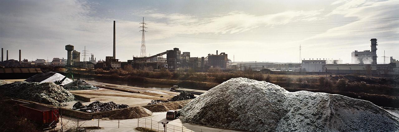 La città industriale di Charleoi, ora quasi interamente abbandonata - progetto Italiani del Belgio, National Geographic Italia