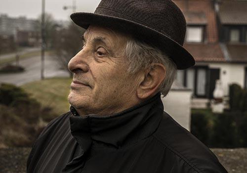 1 Un ex minatore dell'area del Borinage durante il ritrovo annuale dell'associazione ex minatori di Marcinelle
